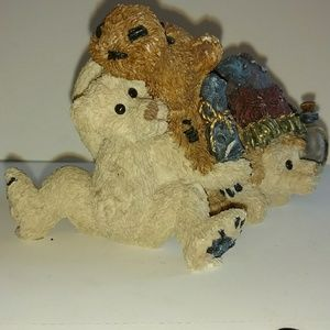 Other - Boyds Bears collectible figurine
